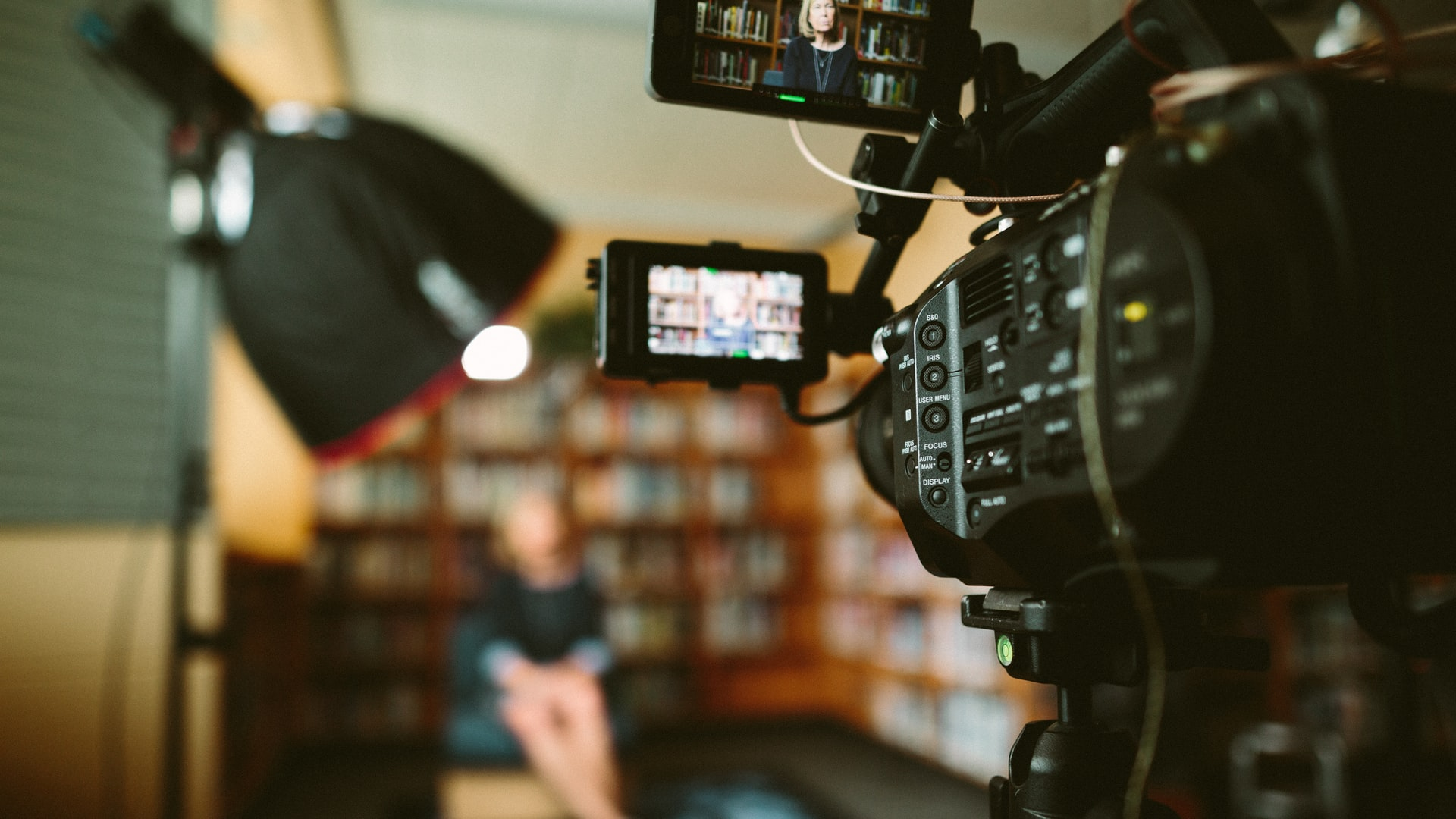 How to Use Video Marketing for Travel and Tourism Businesses